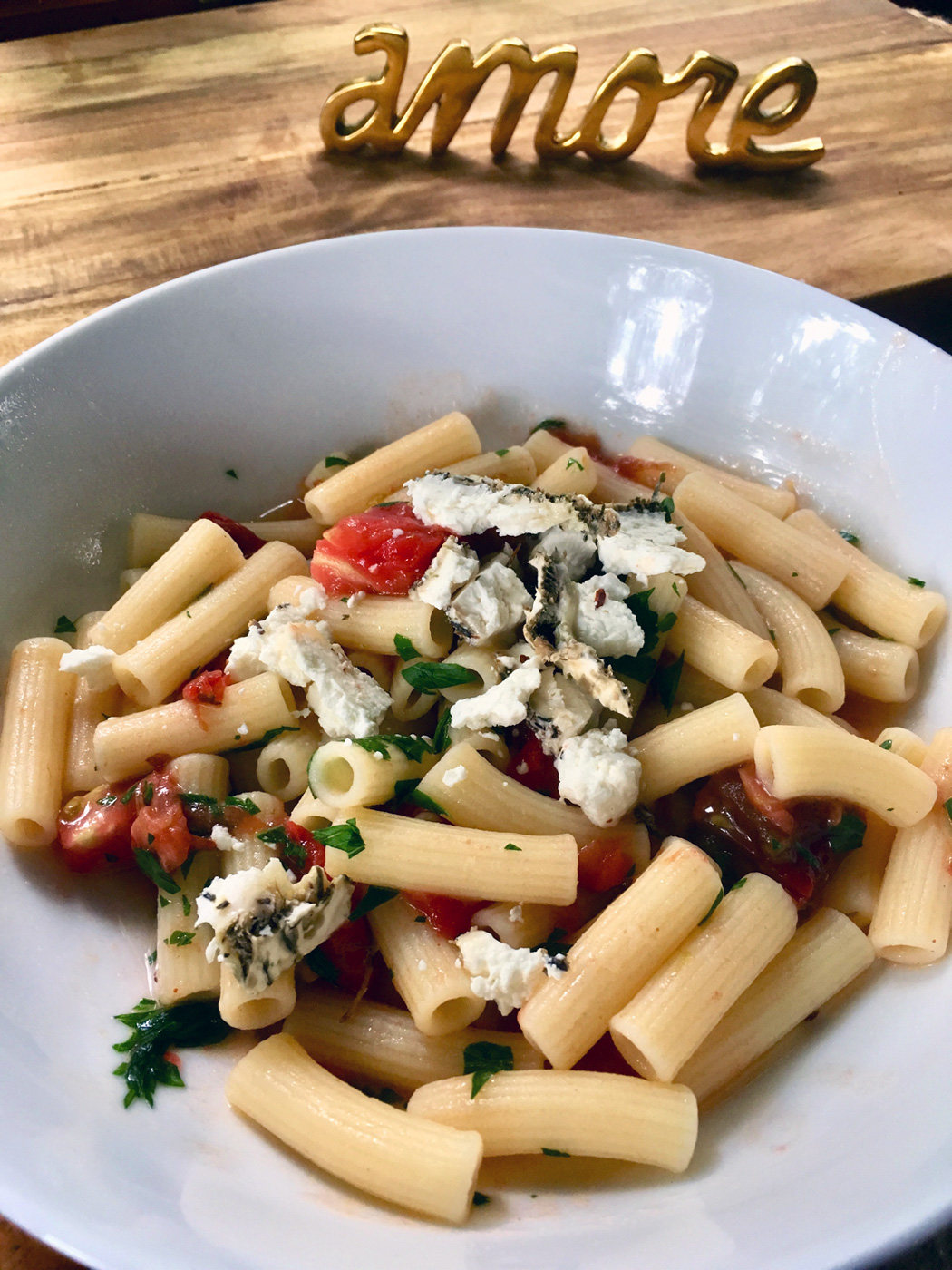 Paolo's Gluten Free Ziti with fresh tomatoes and herb goat cheese. Clearly not the same but just as good.