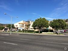 San Clemente Medical Day Suites Across The Street View