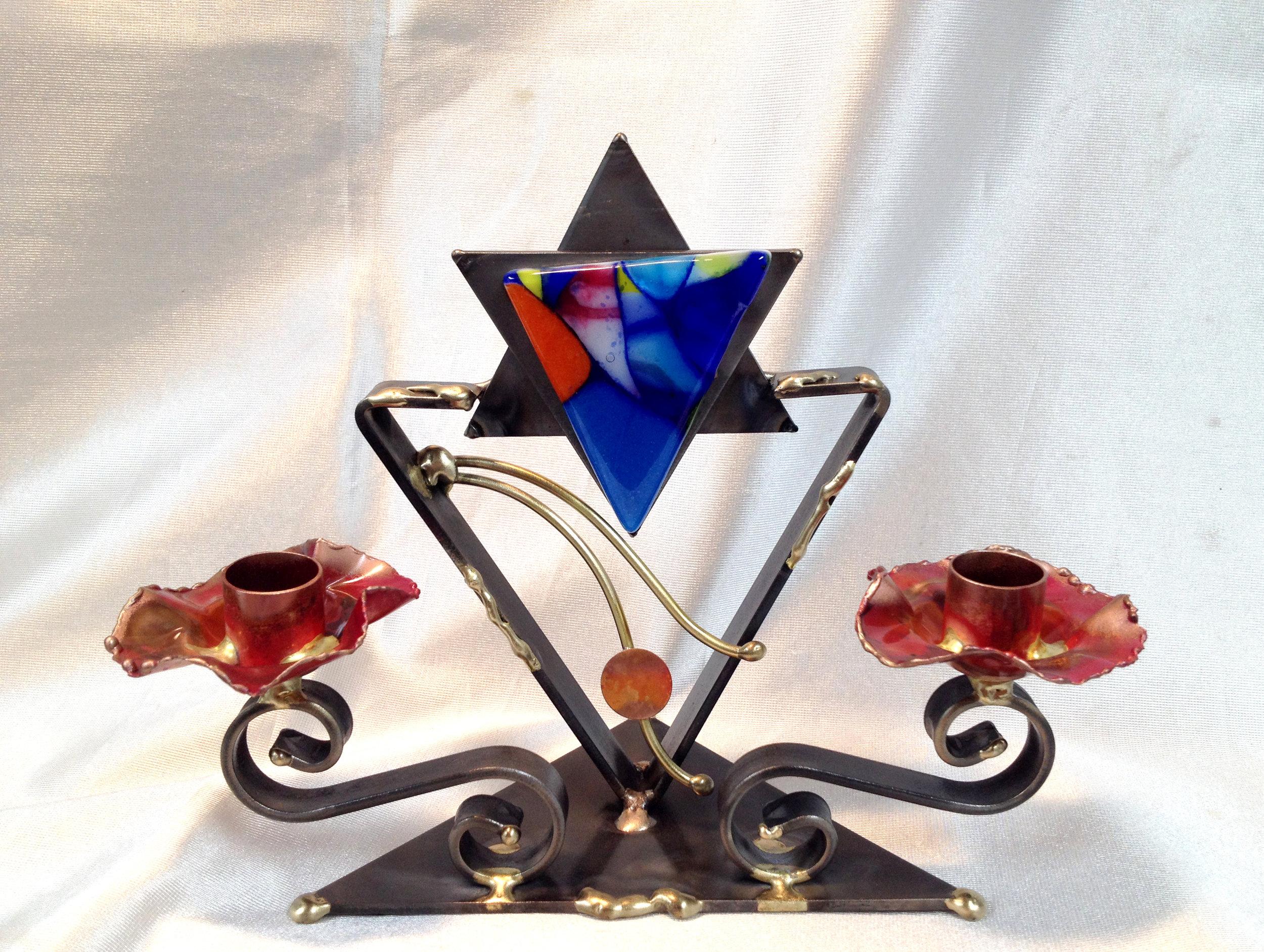 - Small Candlestick Design