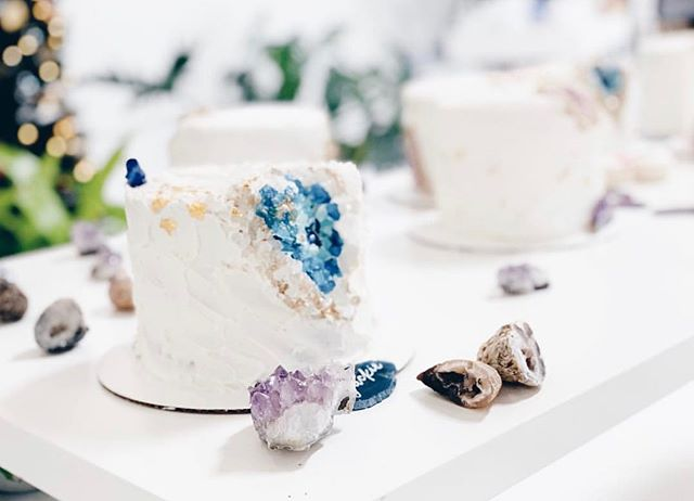 Would anyone like to attend a Geode Cake Workshop this Fall? Lining up some fresh classes 💕
