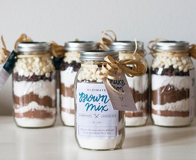 DIY Brownie Mason Jar Recipe | Spruce Rd.