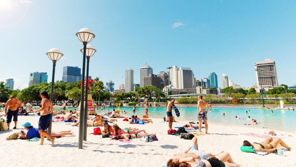 South Bank    South Bank is Brisbane's premier lifestyle and cultural destination. Located on the southern banks of the Brisbane River, its 17 hectares of lush parklands, world-class eateries, stunning river views and hundreds of delightful events all year round make it the perfect place to relax and unwind.