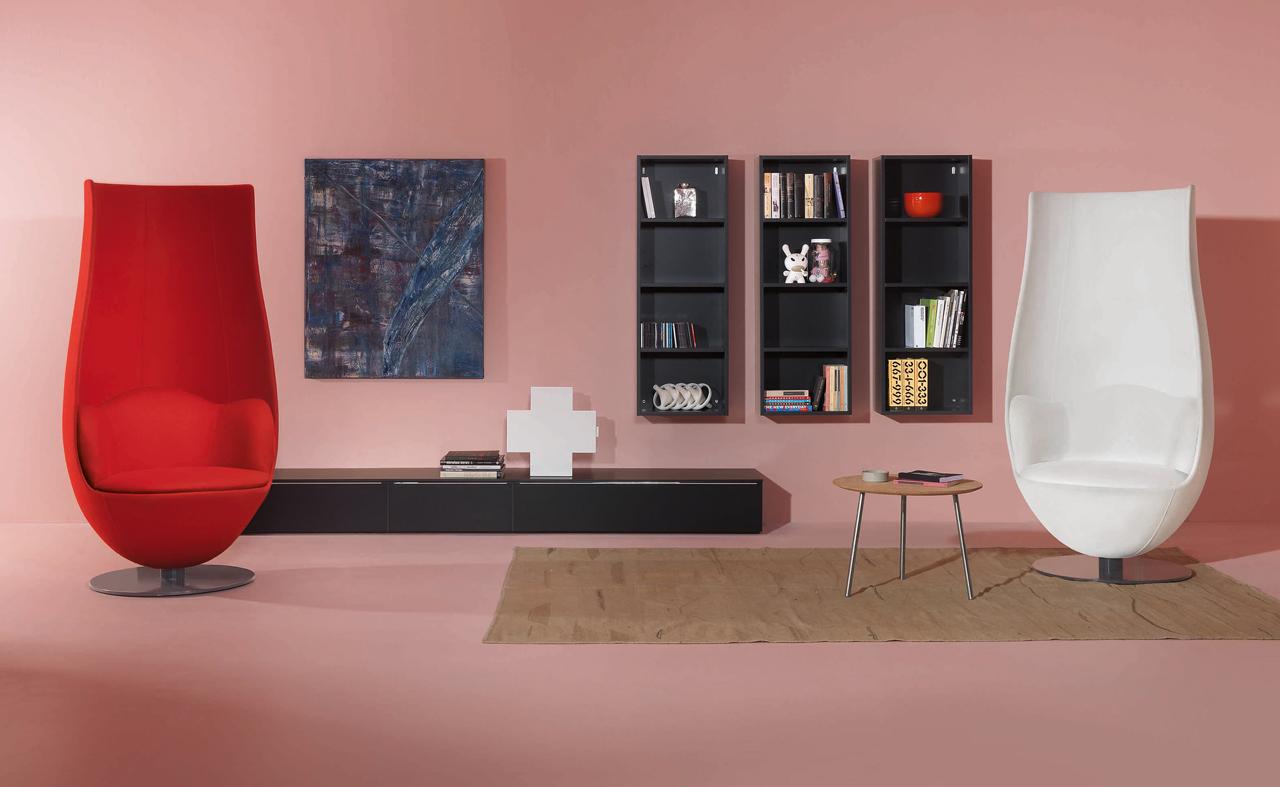 wanders____tulip_armchair_1.jpg