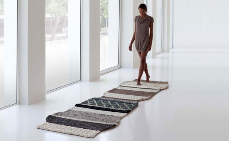 mangas-rugs-pouffs-designed-by-patricia-urquiola.jpg