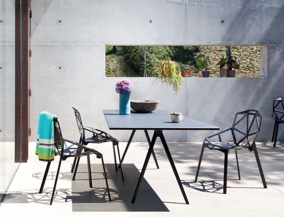 magis_chair_one_baguette_table.jpg