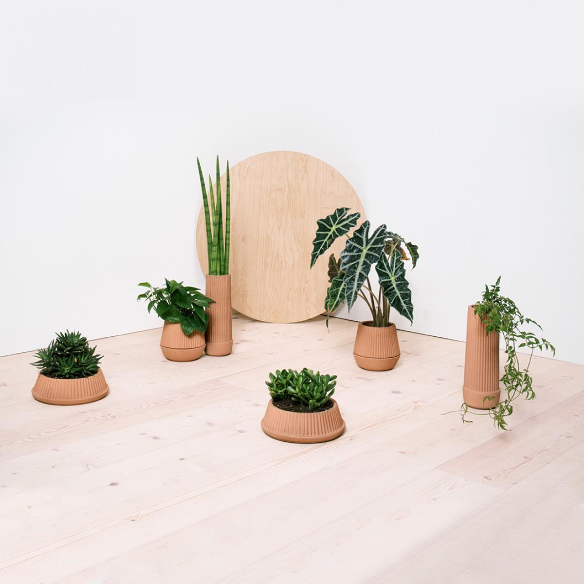 us2015-pleated-planters-group-argb.jpg