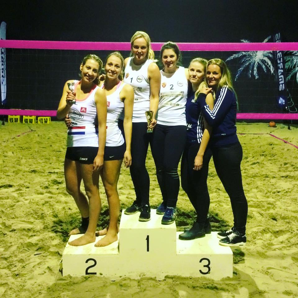 From left to right: Nicoline Birza, Evelyn Dobbinga, Nynke Karrenbeld, Jorike Olde Loohuis, Elin Astrid & Iona van der Linden