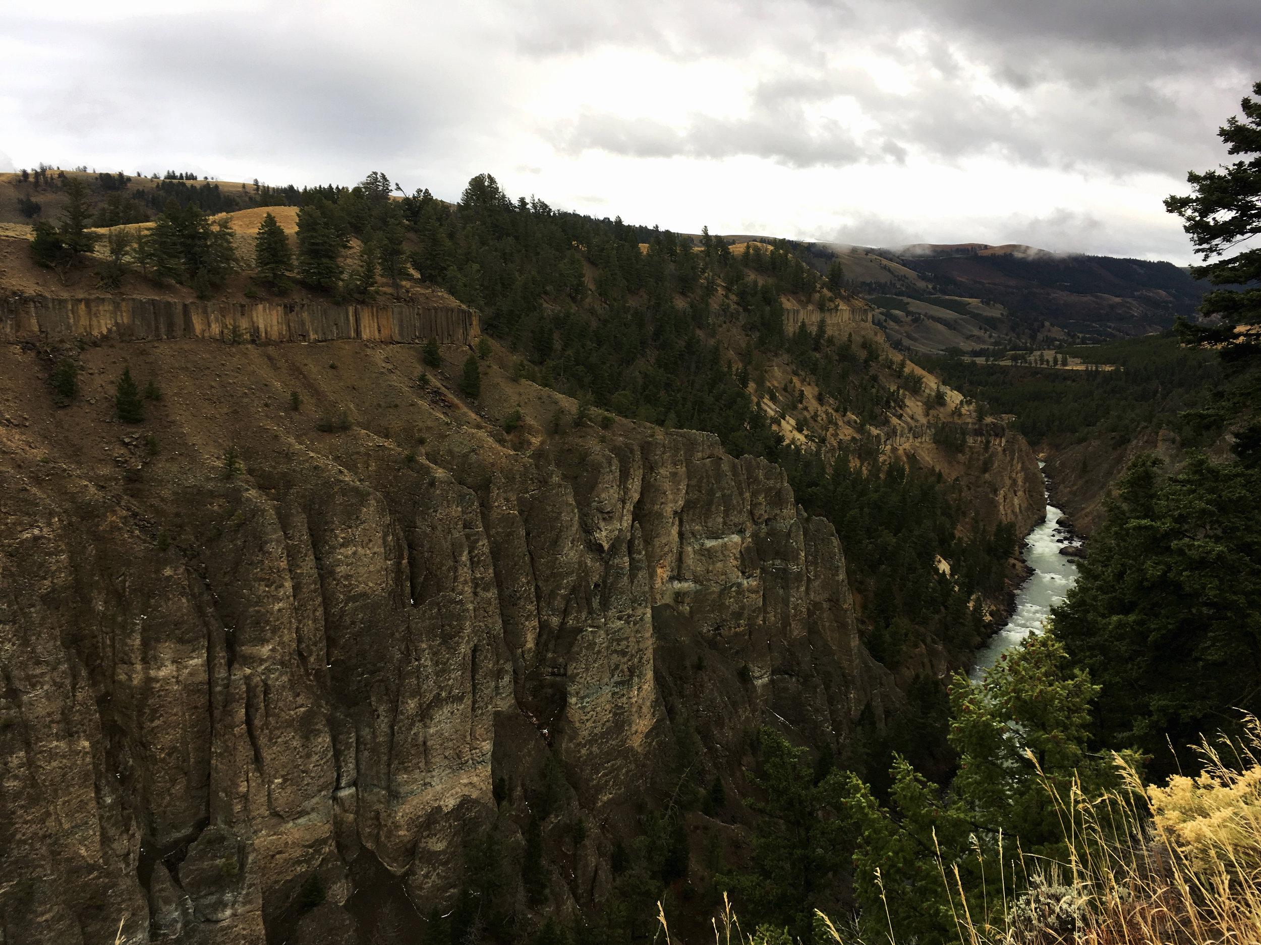 Yellowstone B 006.jpg