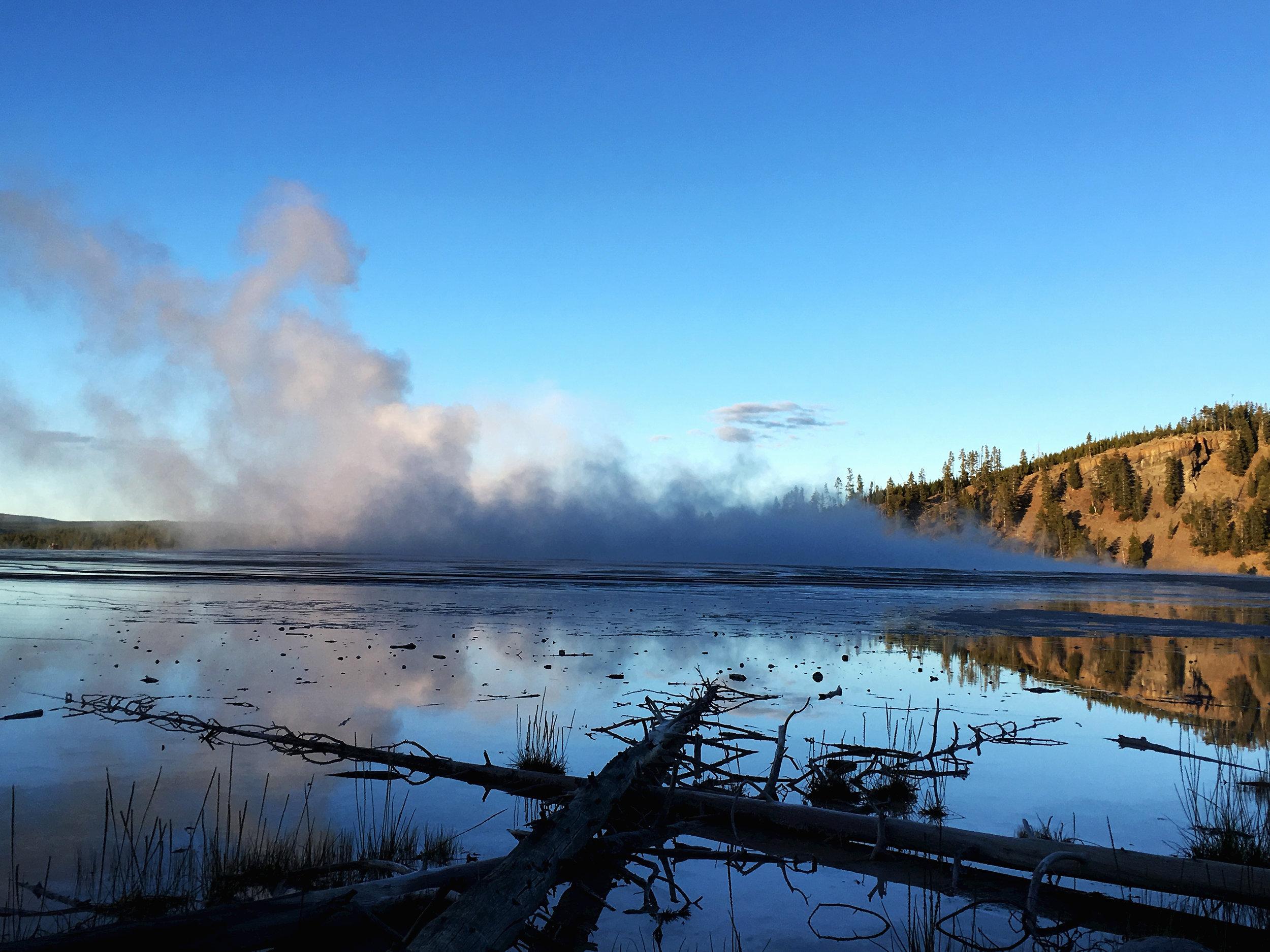 Yellowstone B 007.jpg
