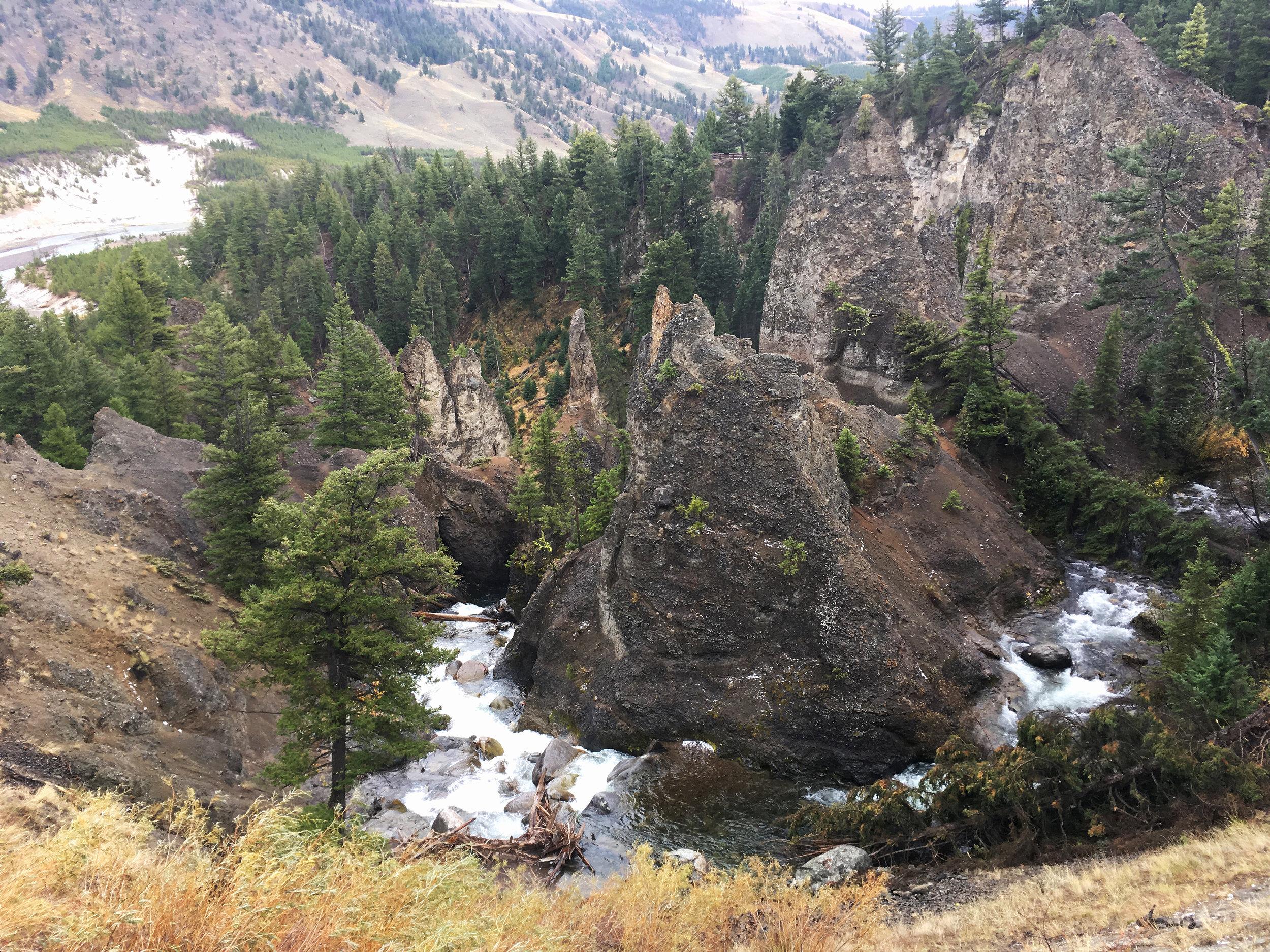 Yellowstone B 009.jpg