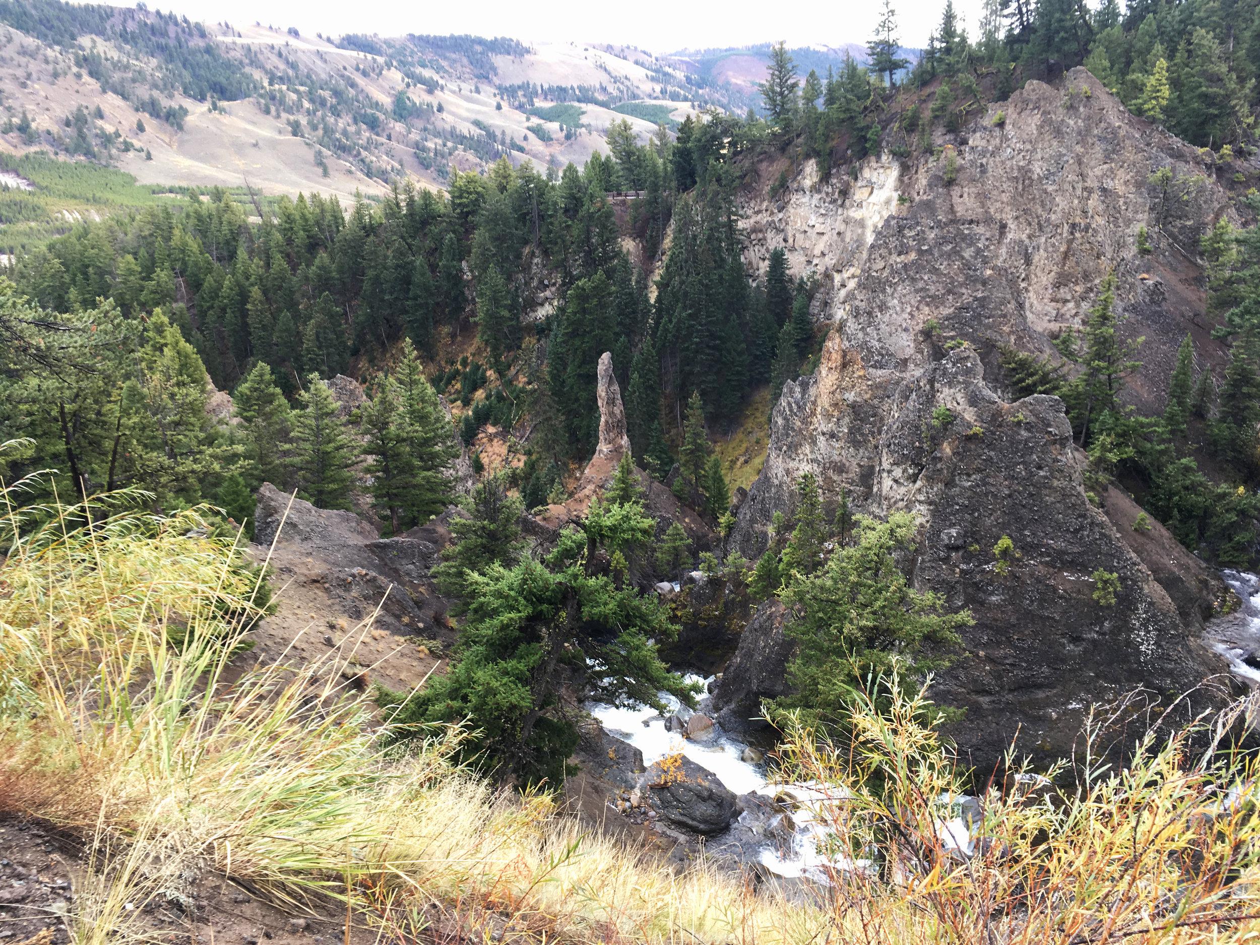 Yellowstone B 011.jpg