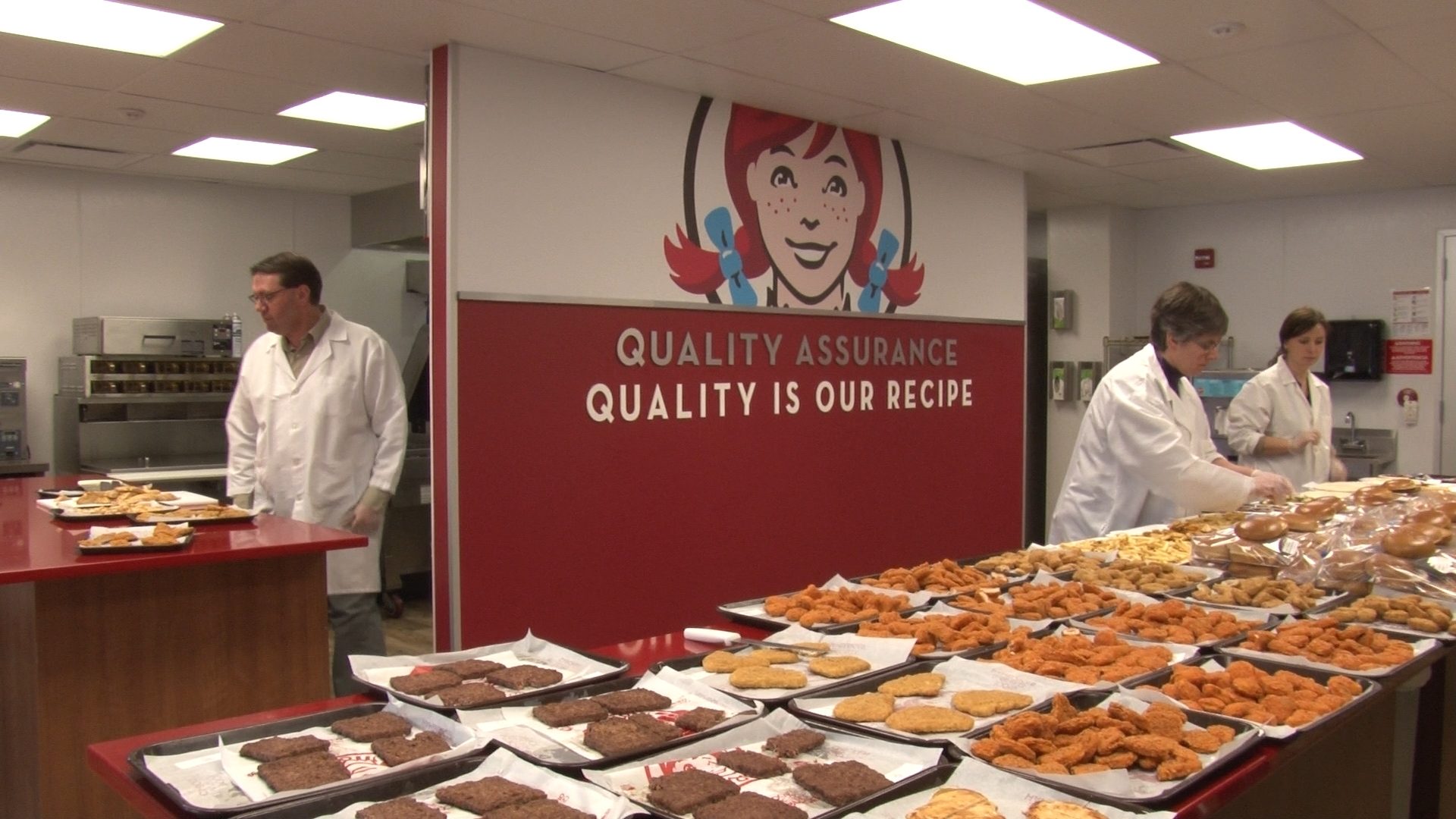 Every Friday, the Quality Assurance team at Wendy's brings together suppliers and partners from various disciplines within the company to evaluate samples to ensure the quality of Wendy's products.