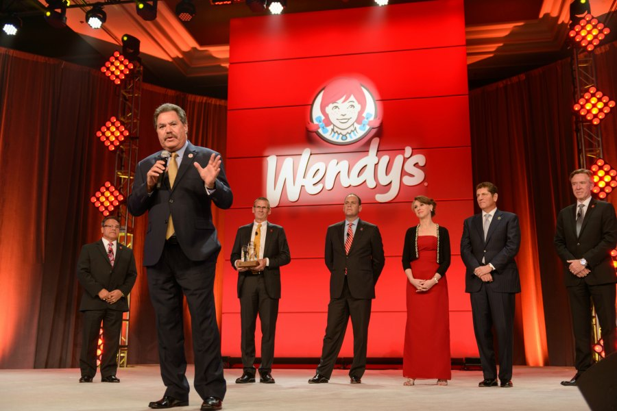 eddie accepting his award during his offical induction into the wendy's hall of fame