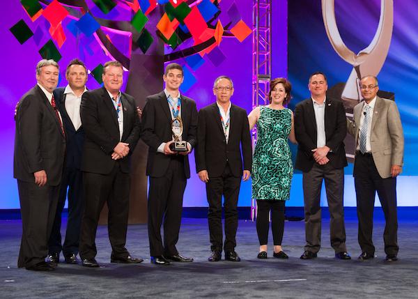 QSCC-Conf-G-L-awards_023.jpg