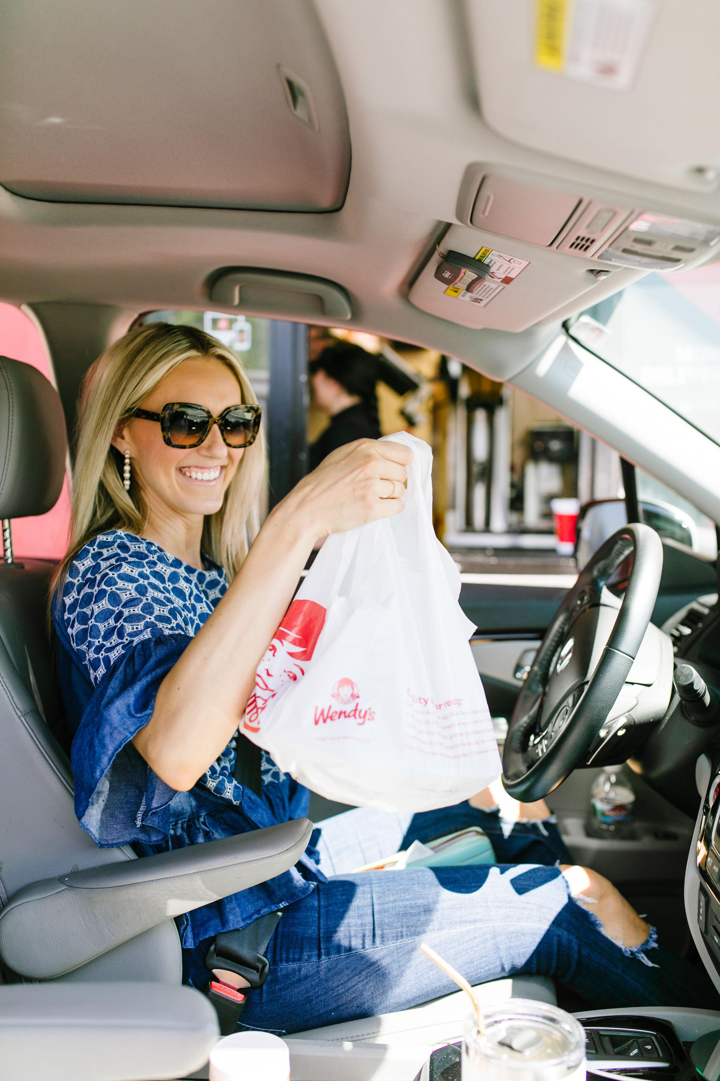 Wendy's_Drive_Thru.jpg