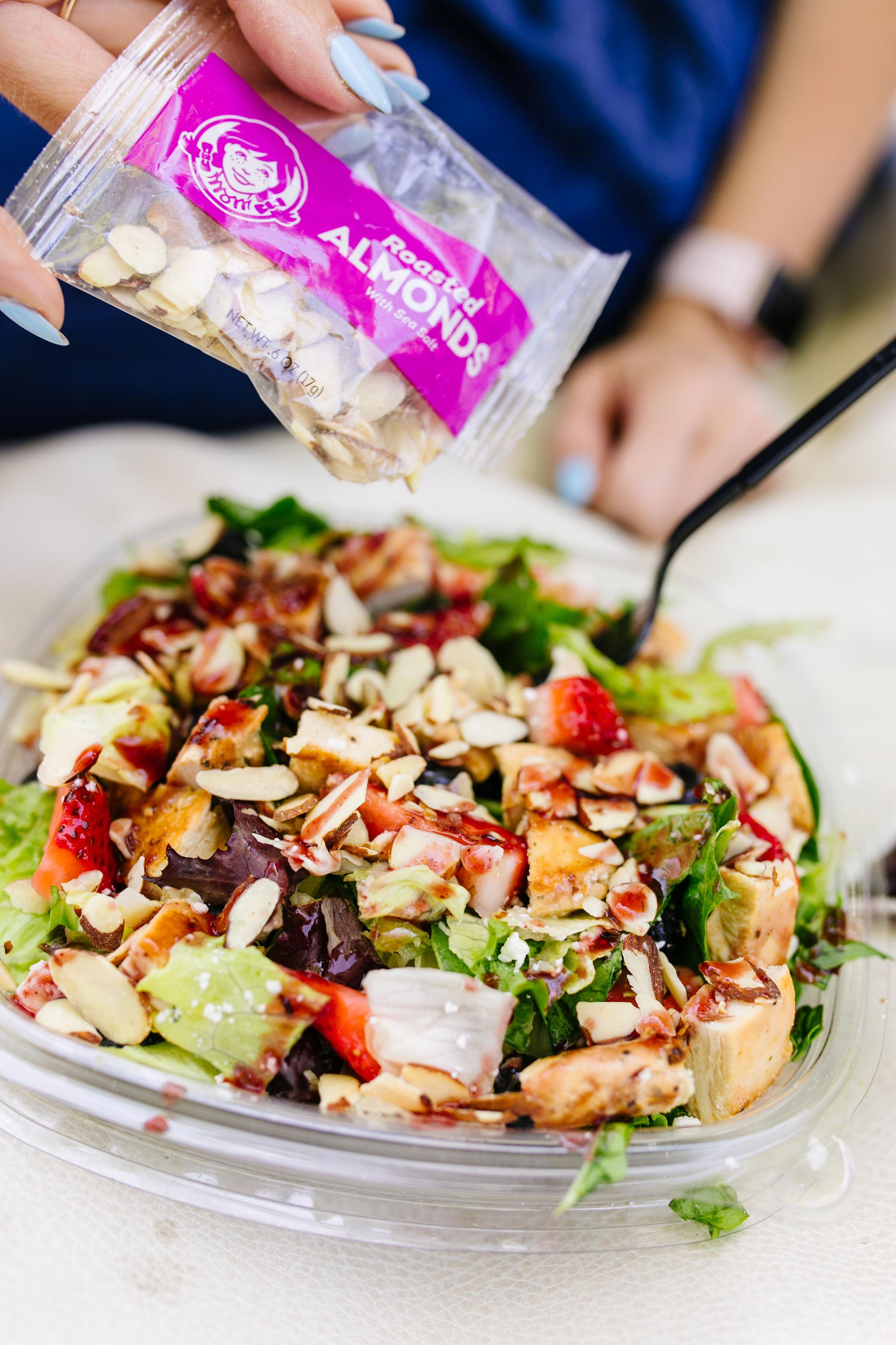 Wendy's_Berry_Burst_Chicken_Salad.jpg