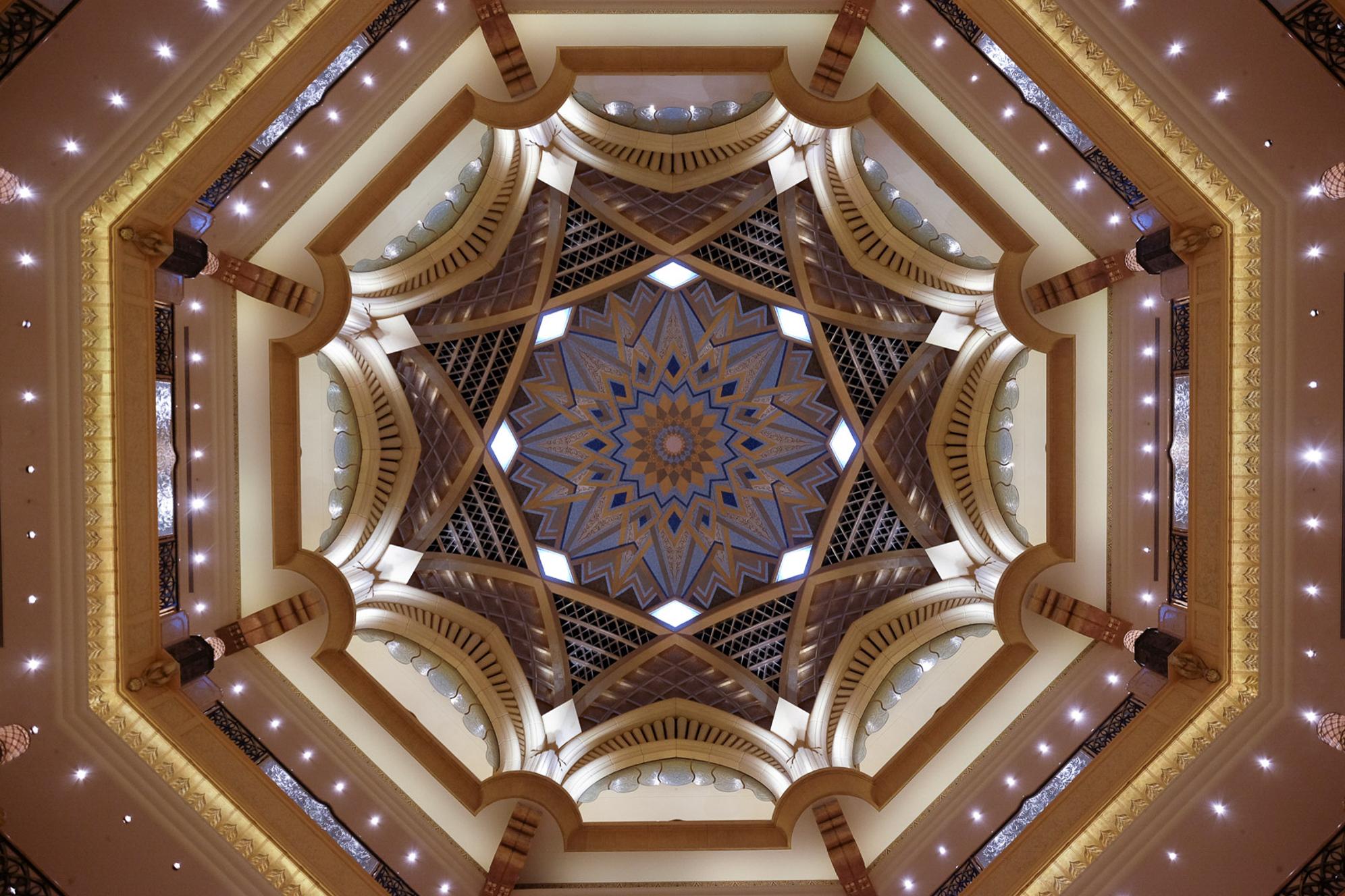 Dubai Abu Dhabi-5570.jpg