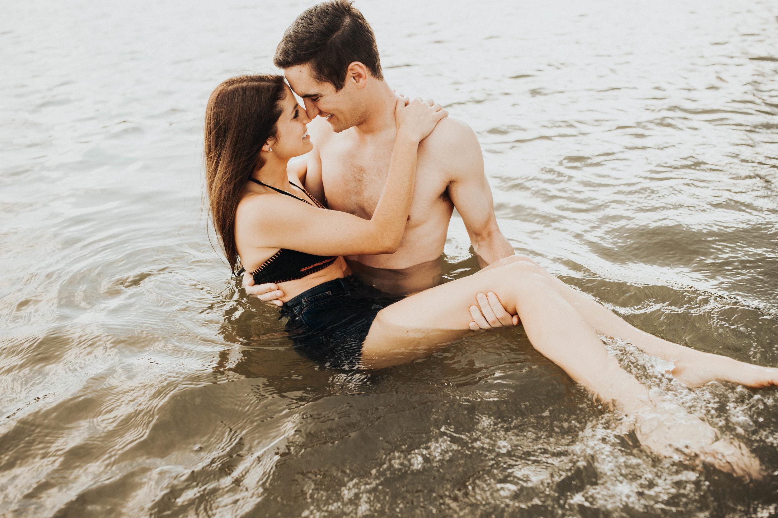 Rachel and Chris Smithville Lake Missouri Engagements 2-335.jpg