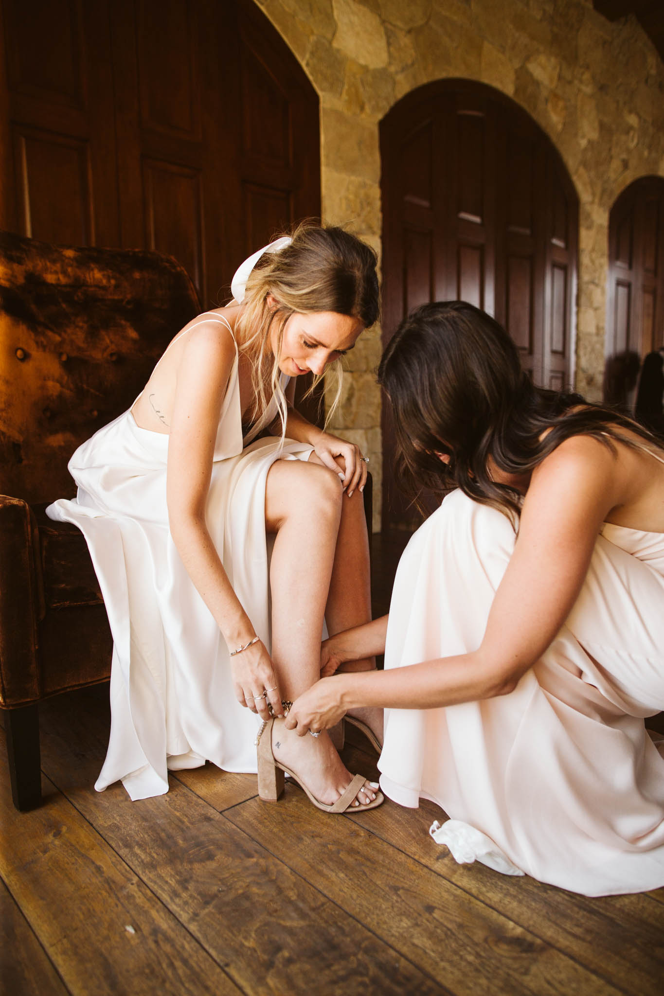BridesmaidsGettingReady_-155.jpg