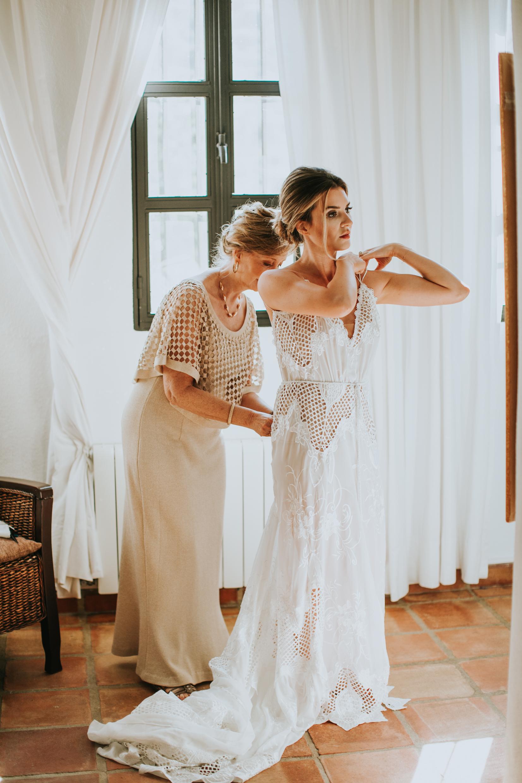Andrew_Ferrah_GettingReady_Spain_Ronda_Bohemian_Wedding-61.jpg