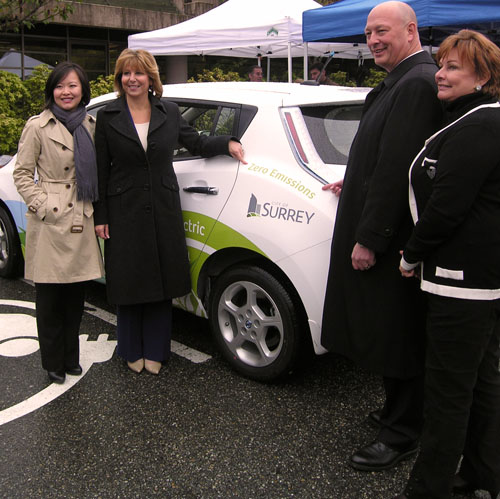 Left to right: Kathy Nguyen, Acting President and CEO at Powertech; City of Surrey Mayor Dianne Watts; Greg Reimer, Executive Vice President, Transmission and Distribution; and, Councillor Linda Hepner, Chair of the City's Investment and Job Creation Committee.