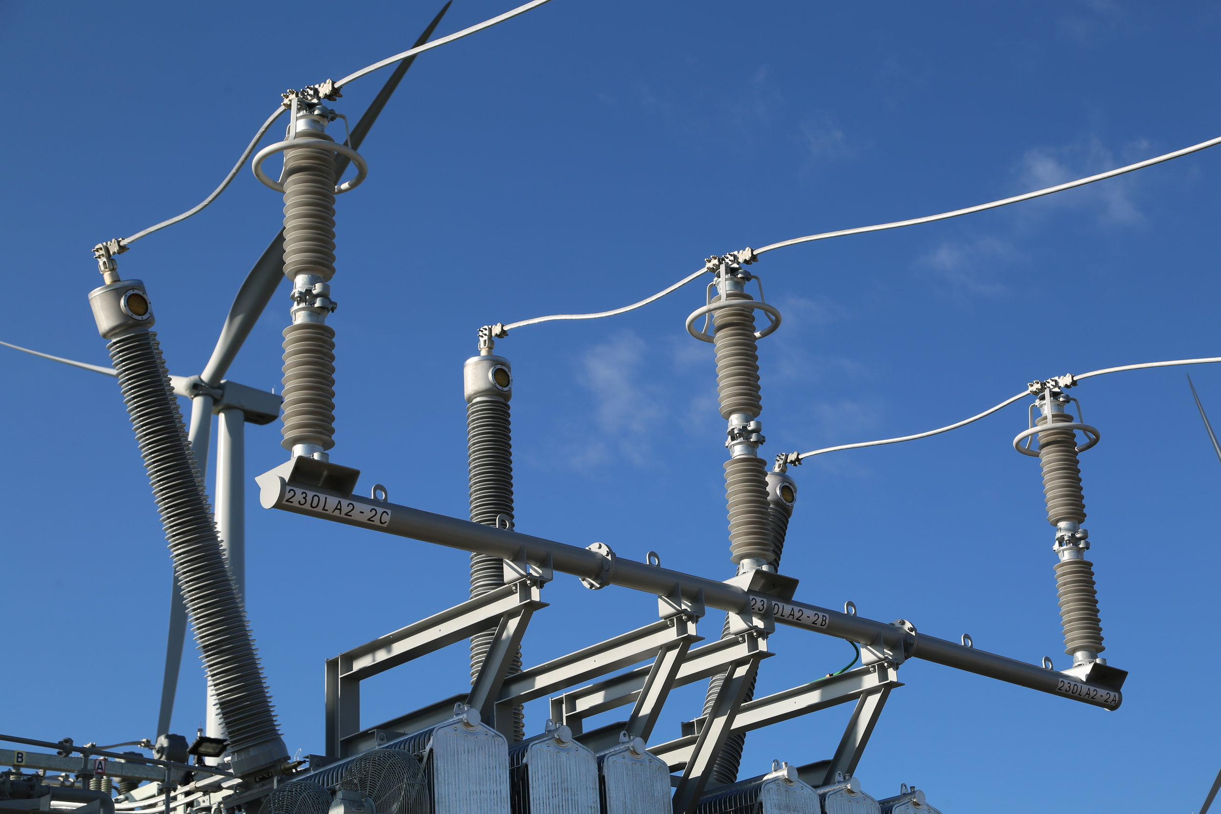 SUBSTATIONS STUDIES & EQUIPMENT APPLICATIONS