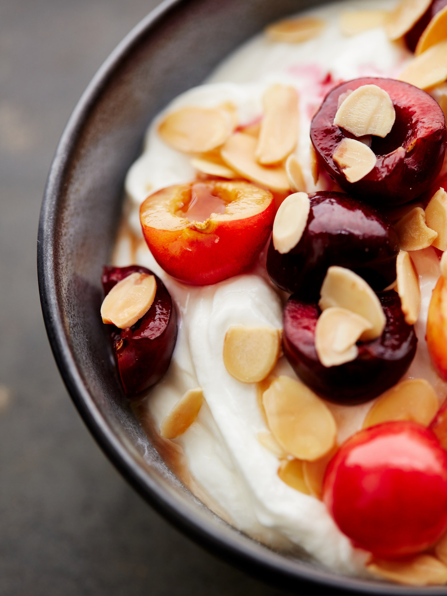 20160719_DrJulia_Yogurt-Cherries-Almonds054.jpg