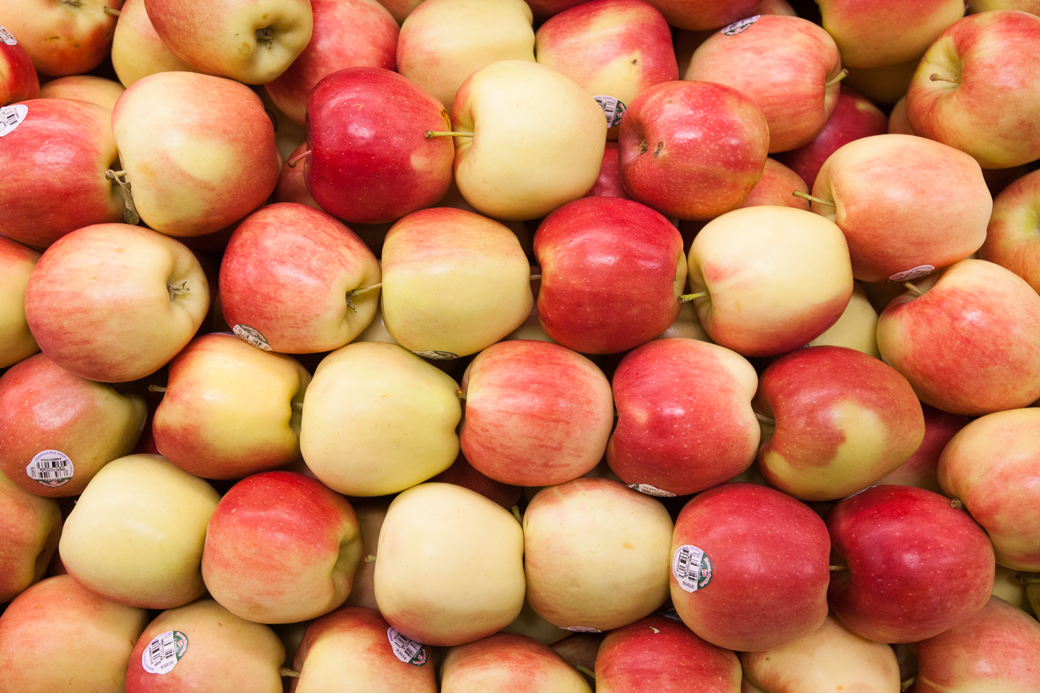 Organic Red Apples from Mana Foods Produce Department