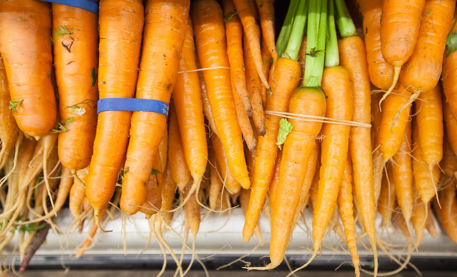 Organic Carrot Bunches Mana Foods Produce Department