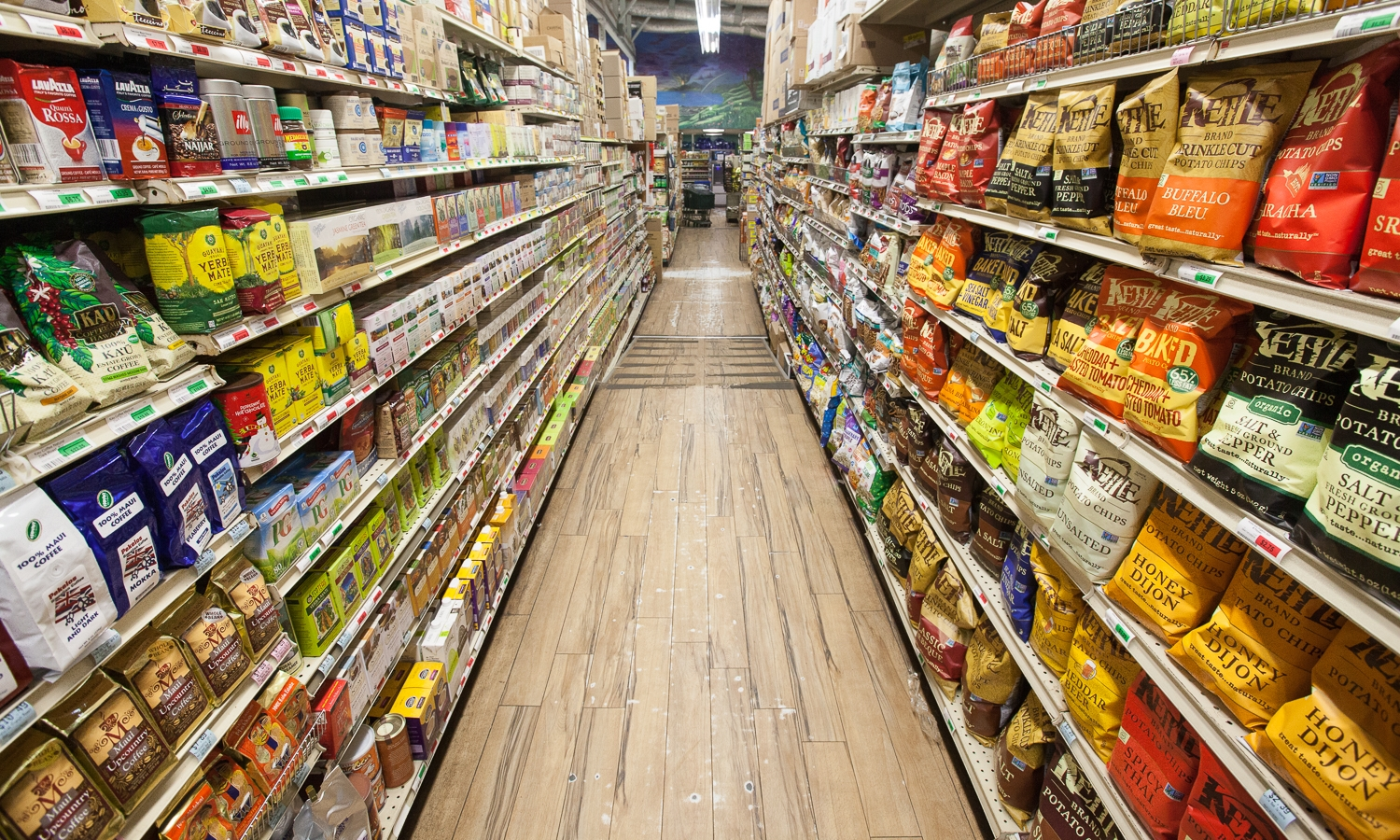 mana foods quality grocery store aisle