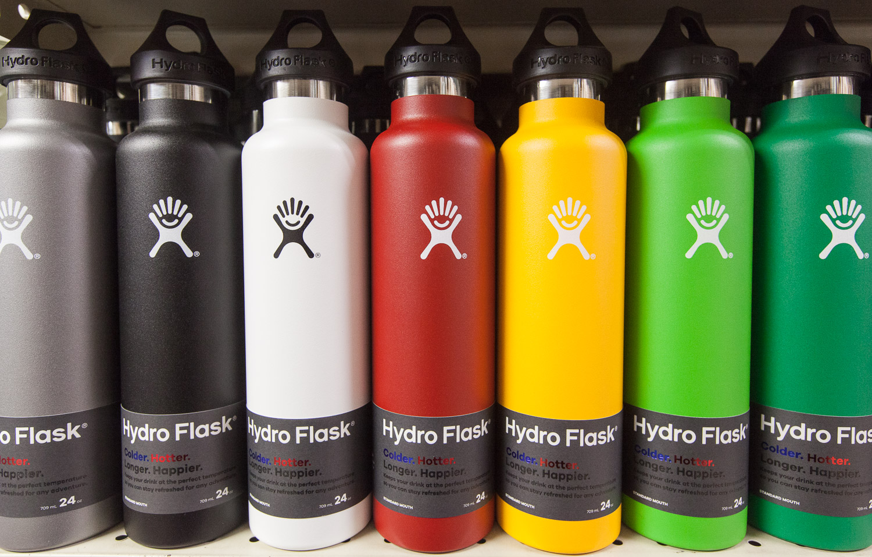hydroflasks-display-mana-foods.jpg
