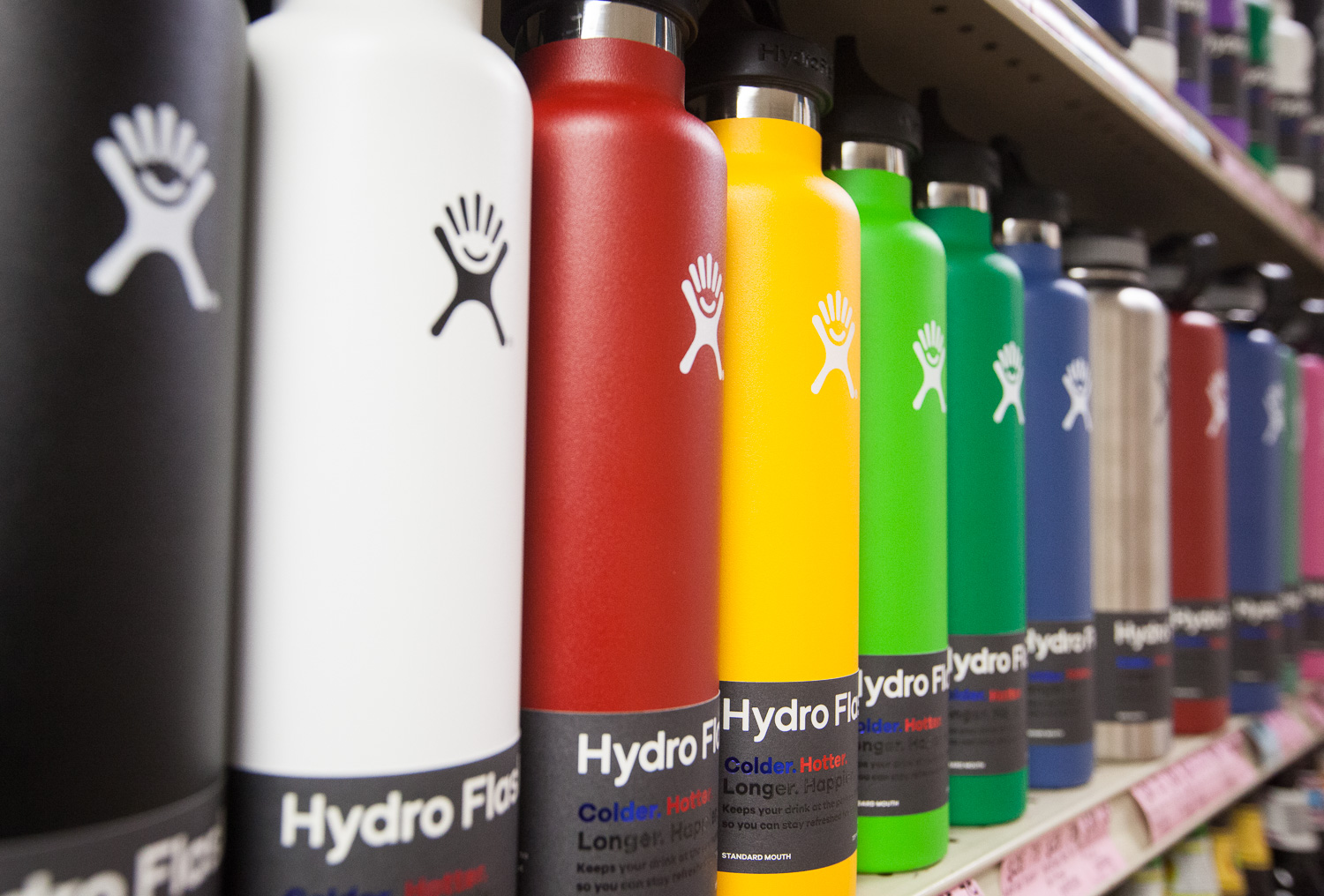 hydro-flask-shelf-mana-foods-gifts-household-department.jpg