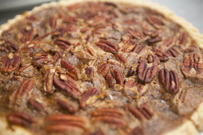 mana-foods-fresh-baked-thanksgiving-pies-9 copy.jpg