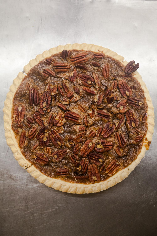 mana-foods-fresh-baked-thanksgiving-pies-5 copy.jpg