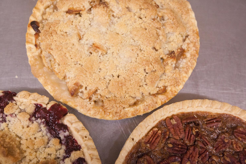 mana-foods-fresh-baked-thanksgiving-pies-3 copy.jpg
