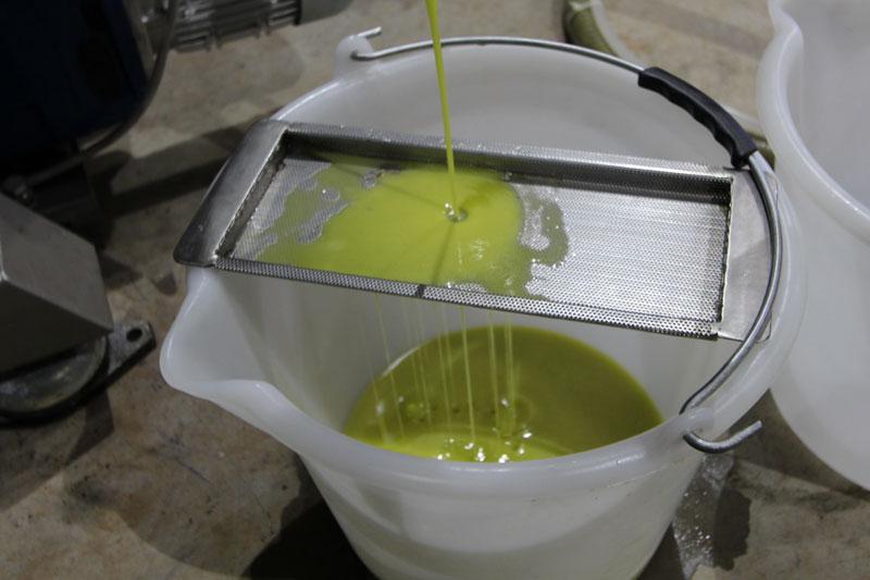 extra-virgin-olive-oil.jpg