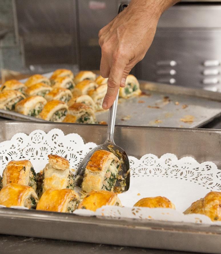 mana-foods-deli-hot-food-preparation copy.jpg