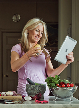 Laura Santtini Cooks in her Kitchen