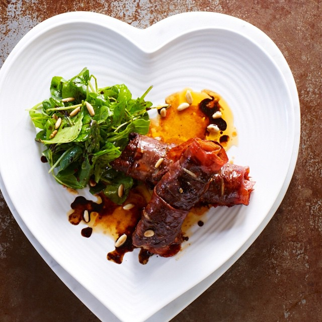 """In need of Valentine's dinner ideas? Surprise your love with this simple and delicious meal - made with Bomba! XXX. We called it """"kisses in blankets"""", made with love. ❤️ Recipe now on the blog. XOXO"""