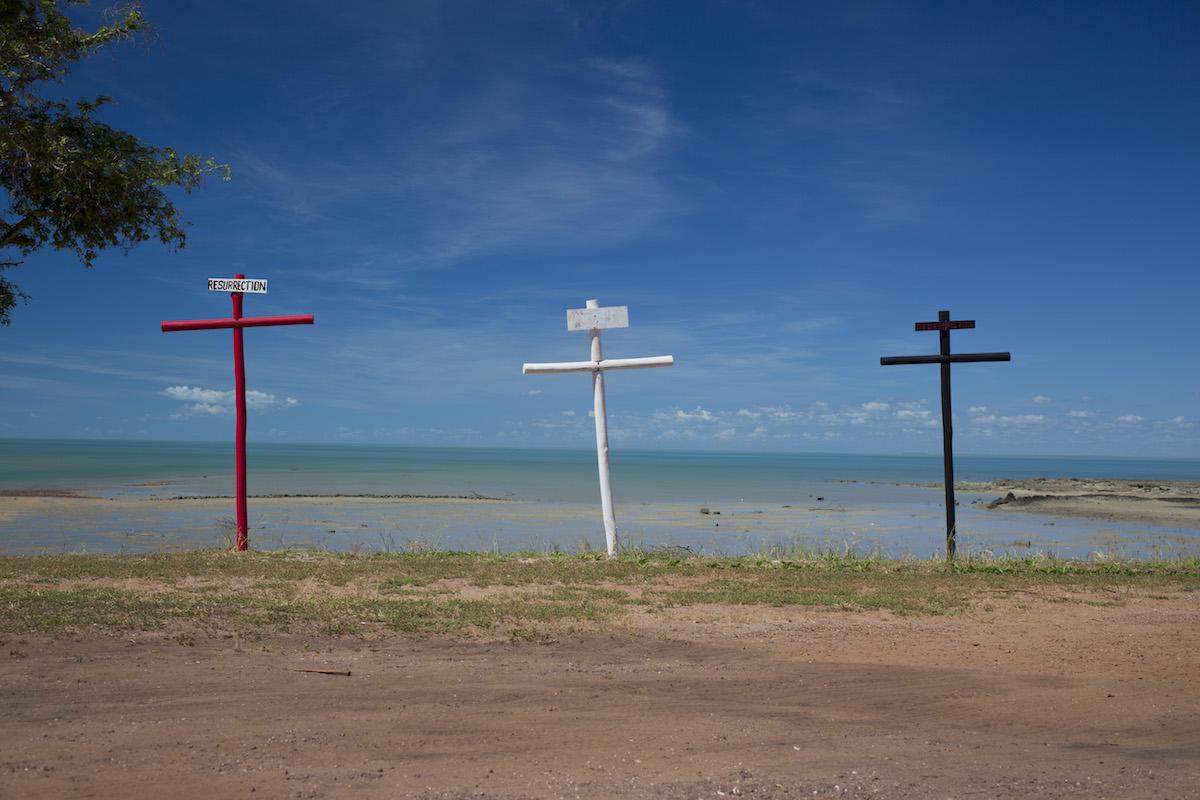 Crosses Milingimbi001.JPG
