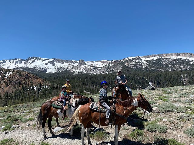 Our day started out pretty sweet. #highsierra #horseback