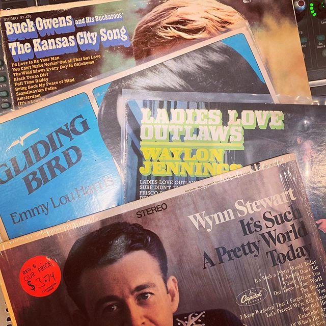 Tangents of #bakersfieldsound from @timewarprecordsusa.  Thanks again Tommy, The Wynn album is stellar.