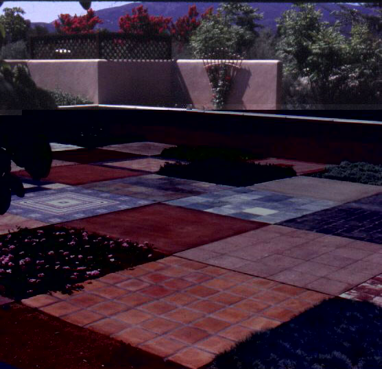 Figure 12: The Water Conservation Demonstration Garden in San Diego, California: Alternating squares of hardscaping materials and low-water-use groundcover plants.
