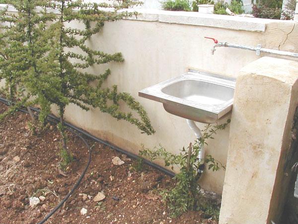 Figure 5: Simple garden graywater scheme.