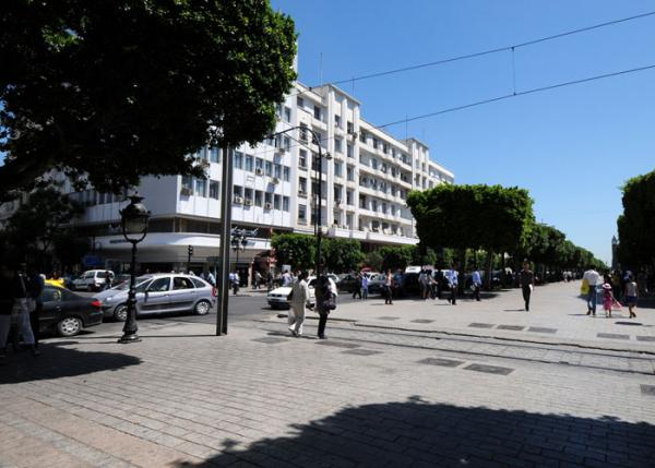 Revitalization of the Ville Nouvelle (new city) of Tunis. (Courtesy of the Aga Khan Award for Architecture)