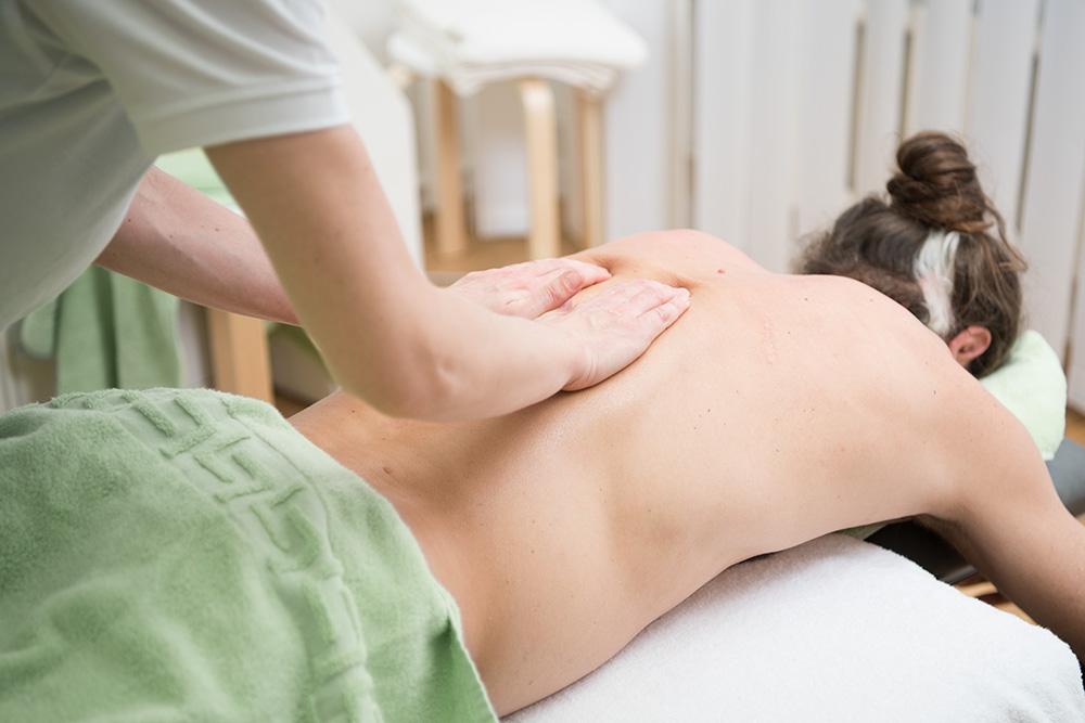 celine-geiser-massagepraxis-klassiche-massage.jpg