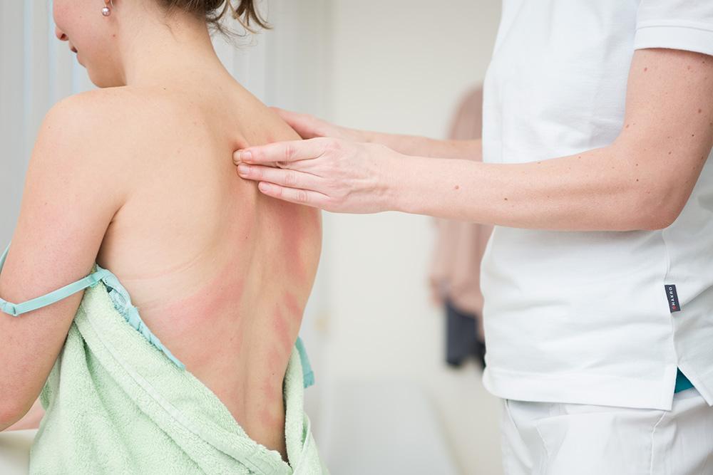 celine-geiser-massagepraxis-bindegewebsmassage2.jpg