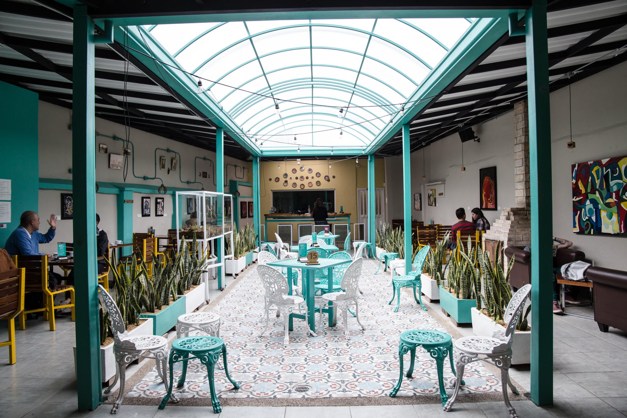 varietale specialty coffee shop in bogota