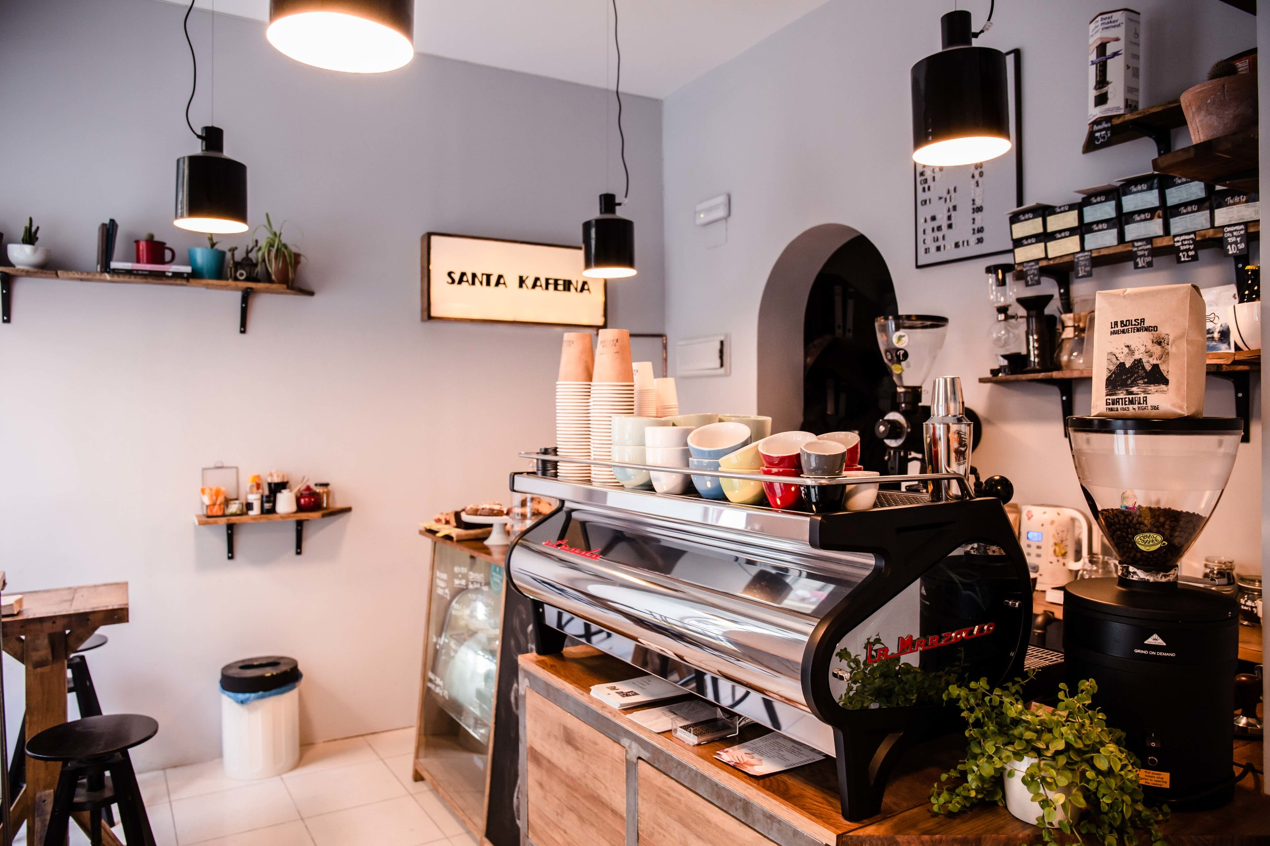 santa kafeina coffee shop madrid
