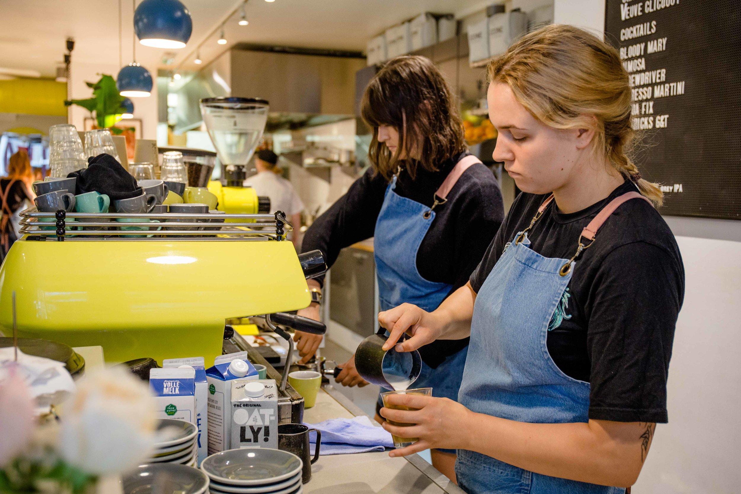 bakers & roasters coffee shop amsterdam